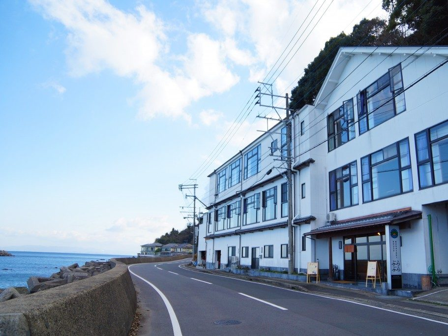 Nagasaki House ぶらぶら(長崎ハウスぶらぶら)のゲストハウスでBBQ(バーベキュー)やSUP(サップ)体験