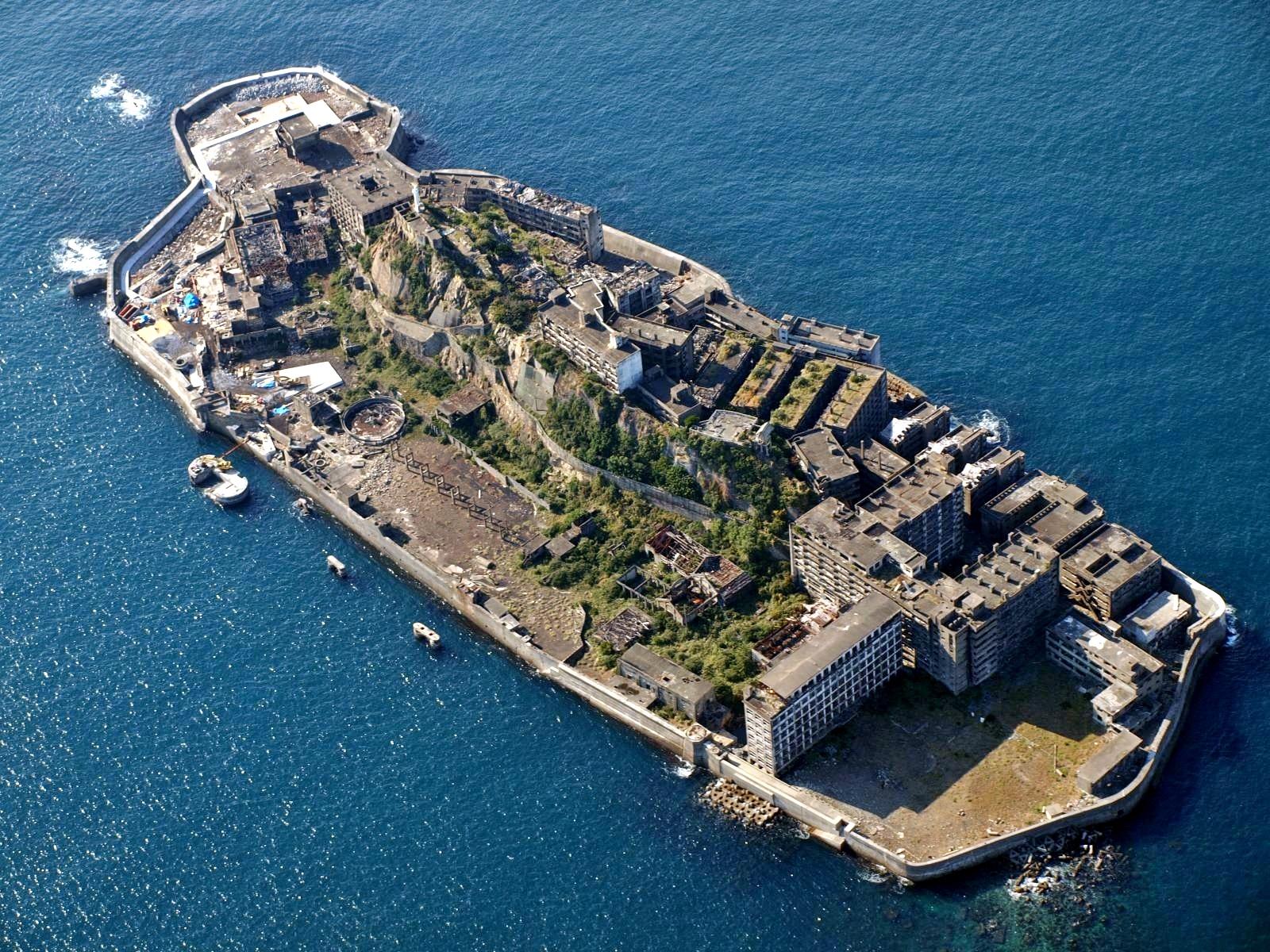 軍艦島クルーズは軍艦島コンシェルジュのクルージングツアー ネット予約可能、上陸率は他社比較で最高